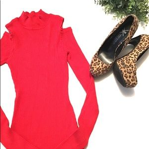 ❤️ Red Ribbed Long Sleeve Cold Shoulder Top